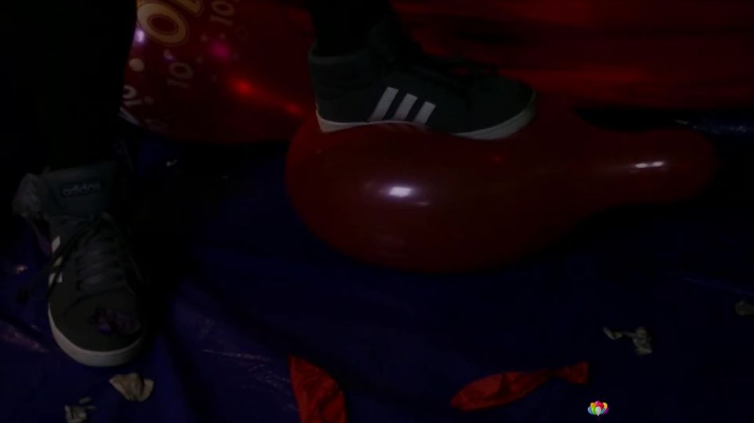 """Step Popping Some 12"""" (Ses 10, Vid 1)"""