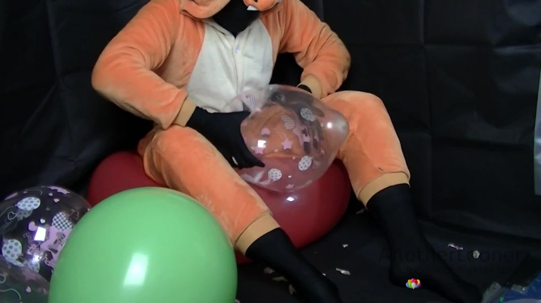"""Popping 1st Bday Loons on 36"""" Red (Ses 11, Vid 5)"""